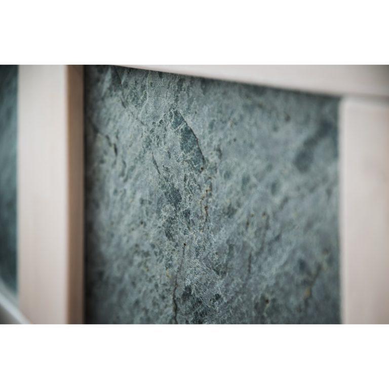 postel z masivu jacques K s kamennou dýhou detail 11