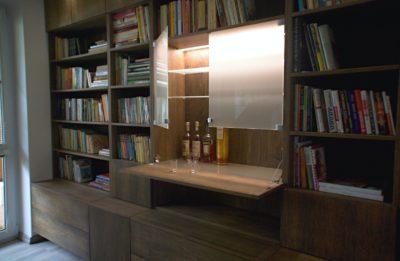 ukázka realizace baru v knihovně