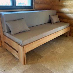 rozkládací postel z masivu Jacques 1